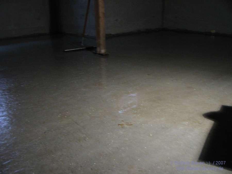 hilfe eine m cken brutst tte einfach bauen. Black Bedroom Furniture Sets. Home Design Ideas