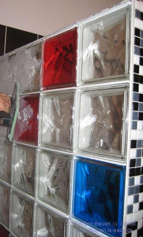 Mosaik Fliesen Dusche Erfahrungen : Danach mu?ten dann die Fliesen geund Glassteine reinigt werden: